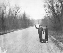 Hitchhidkers_Vicksburg_(vicinity)_March_1936